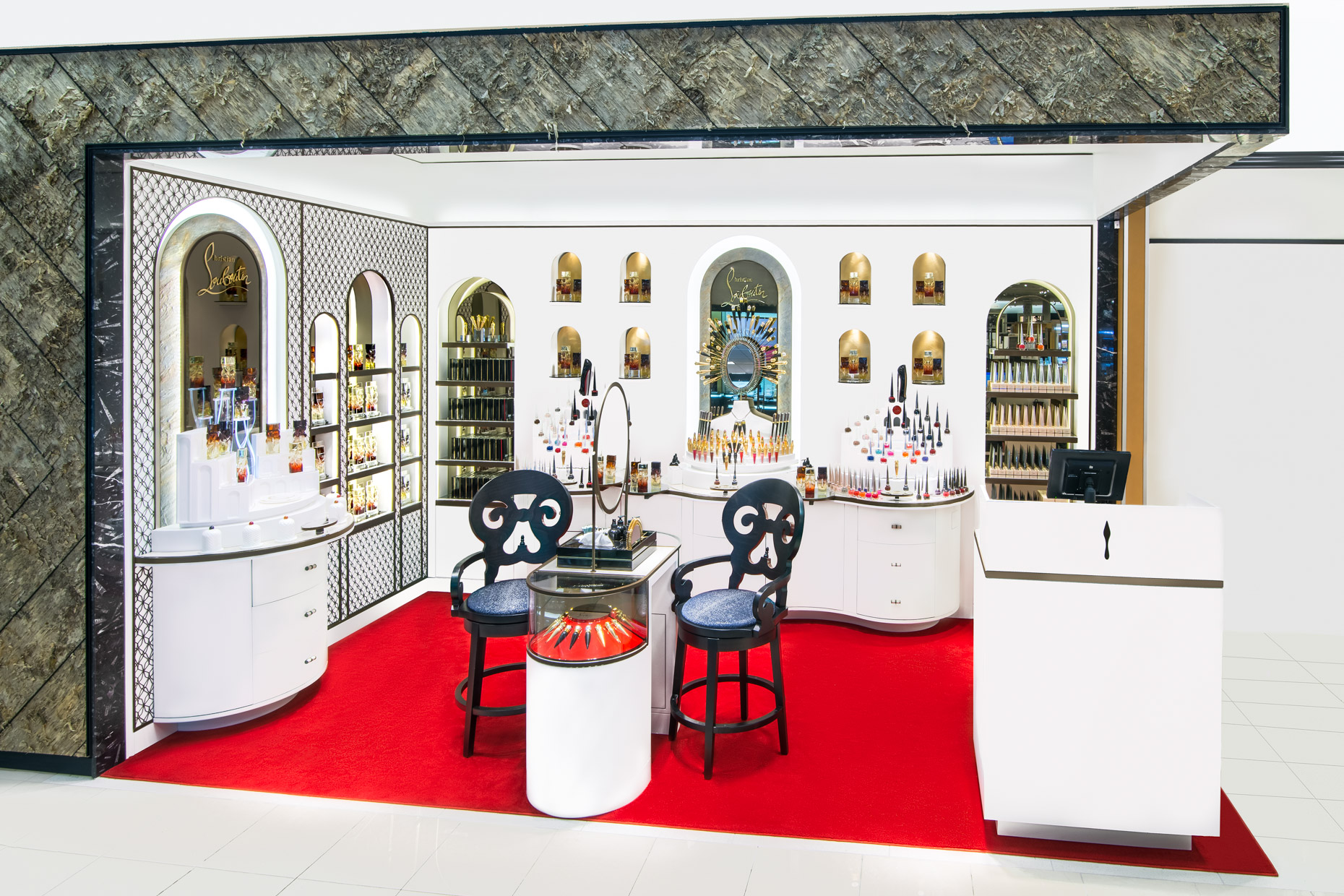 ChristianLouboutin-Interiorstorepop-up-Miami-2