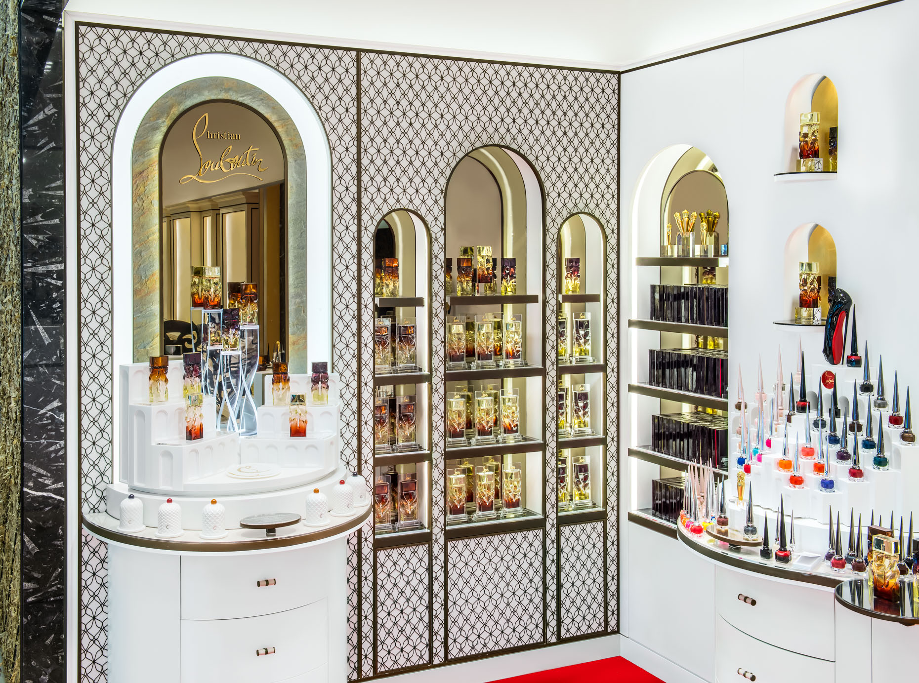 ChristianLouboutin-Interiorstorepop-up-Miami-4